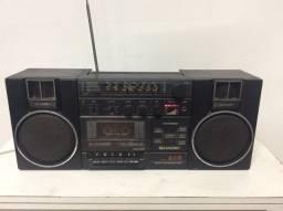 Rádio antigo bombox Sharp