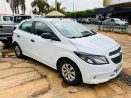 Chevrolet Onix 2019 Completíssimo