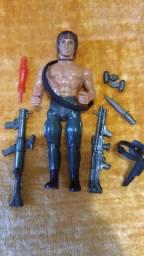 Boneco Rambo anos 1980 colecionador