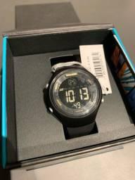 Título do anúncio: Relógio digital mormaii wave preto mo0600/8y NOVO