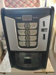 Título do anúncio: Máquina de café cafeteira multibebidas Saeco Phedra