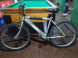 Título do anúncio: Bicicleta semi nova!!