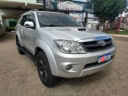 Toyota Hilux 3.0 SW impecável