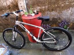 Bicicleta aro 29 com nota fiscal semi nova
