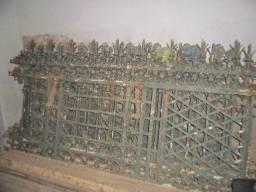 Título do anúncio: Grade Casarão Palacete Século 19 Ferro Grosso Trabalhado Porta Vintage Retro