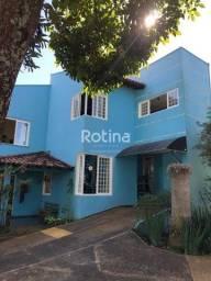 Título do anúncio: Casa à venda, 3 quartos, 1 suíte, 2 vagas, Cidade Jardim - Uberlândia/MG