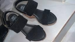 Vendo sandália moleca