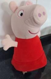 Pelúcia Peppa Pig da marca Estrela