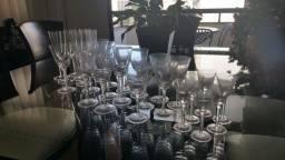 Título do anúncio: Jogo de taças em cristal Strauss