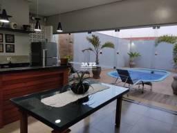 Título do anúncio: Casa para venda em Centro de 320.00m² com 4 Quartos e 2 Suites