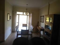 Vendo - Apartamento de 2 dormitórios no centro de São Lourenço-MG
