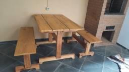 Título do anúncio: Mesa de madeira com 2 bancos