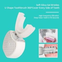 Título do anúncio: Escova de dentes em U 360 Graus e leds, ultrassom, limpa, esteriliza e clareia seus dentes