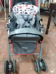 Carrinho de bebê Cosco 250,00
