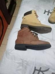 Vendo 2 pares de bota