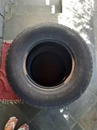 2 pneus Pirelli Scorpion 265/70/R16 112 H - R$ 225,00
