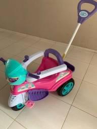 Carrinho triciclo Baby feminino