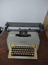 Título do anúncio: Máquina de Escrever Olivetti Linea 98