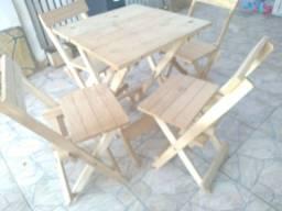 Kit  mesa com 4 cadeiras dobráveis