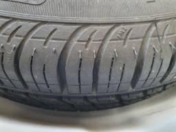 Vendo pneu + roda Pirelli 175/70 R14