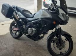 V-stron 650cc  2016