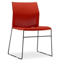 Cadeira Frisokar Connect Empilhavel em PP ? Base Cromada e assento/encosto - Cor Vermelho
