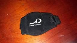 Porta MP3 - Braçadeira MP3 / Dinheiro / Chave - Esporte Corrida