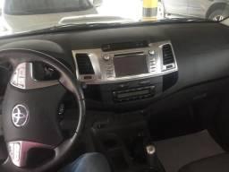 Toyota Hilux SRV aut 15/15 - 2015