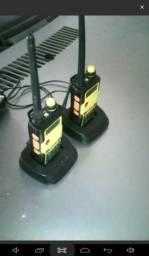 2 rádio comunicadores BAOFENG