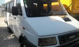 "Micro Onibus Iveco Daily 3513 Ano 2006 Eletronico Teto Alto 16 Lugares ""Otimo Estado"" - 2006"