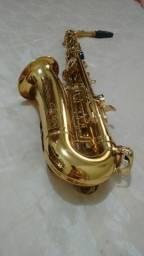 Saxofone novo metade do preço da loja