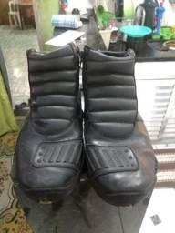 Bota de motoboy com ziper