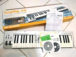 Teclado Controlador MID M-Audio KeyRig 49