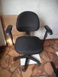 Cadeira de Escritório NR-17 - Erechim