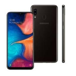 Samsung Galaxy A20 - 32GB - Preto