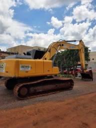 Escavadeira XE 210