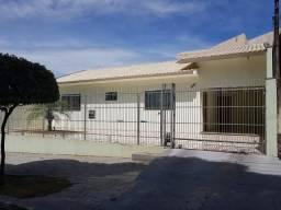 Casa para alugar com 3 dormitórios em Jardim tamoio, Umuarama cod:1141