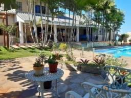 Lindíssima casa no Bairro Terras de Santana II, Gleba Palhano, contendo 5 suites, 400m2 ár