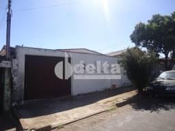 Casa de vila à venda com 2 dormitórios em Jardim brasilia, Uberlandia cod:23556