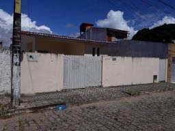 Casa com 3 dormitórios para alugar, 180 m² por R$ 1.700,00/mês - Nova Descoberta - Natal/R
