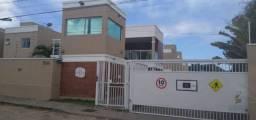 Imobiliária Luiz Rêgo aluga casa NOVA duplex de condomínio fechado com 2 suítes e 2 vagas.