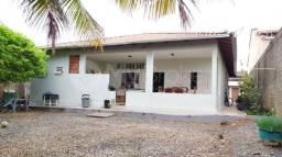 Casa com 4 quartos - Bairro Santa Genoveva em Goiânia