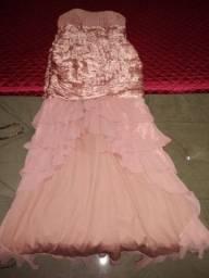Três vestidos por apenas R$100