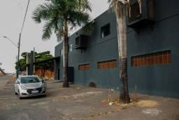 Galpão comercial 800m² no Setor do Funcionário Público em Goiânia