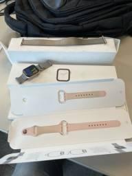 Título do anúncio: Apple Watch - serie 4 - 40mm