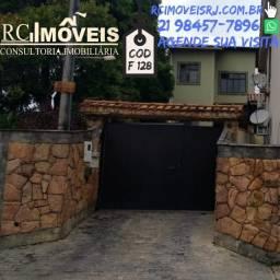Título do anúncio: F128 Excelente Casa com 02 quartos amplos em Laranjal !!