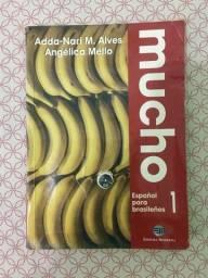 Título do anúncio: (Aceito cartão) Livro Mucho Espanhol para Brasileiros em bom estado