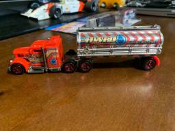 Caminhão Hot Wheels