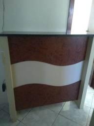 Bancada com granito e porta lateral