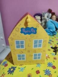 Casa da Peppa pig pouco usada